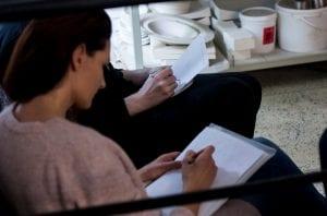 STIKLS INTERJERA DIZAINĀ: GLASS POINT STUDIJAS SADARBĪBA AR EKONOMIKAS UN KULTŪRAS AUGSTSKOLU