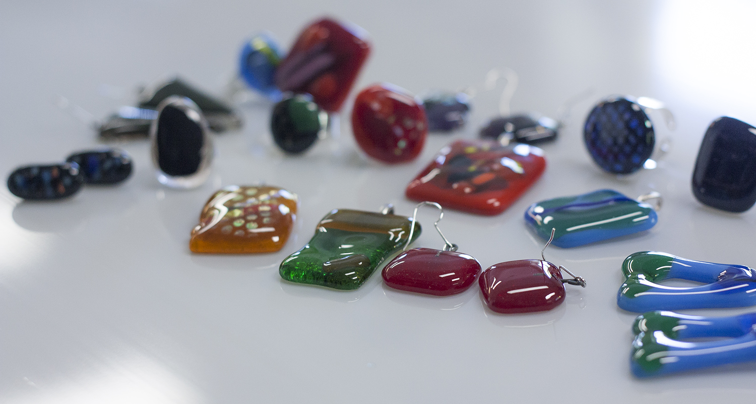 Handmade Jewelry from Glass. Earrings and rings. DIY Workshop at Glass Point