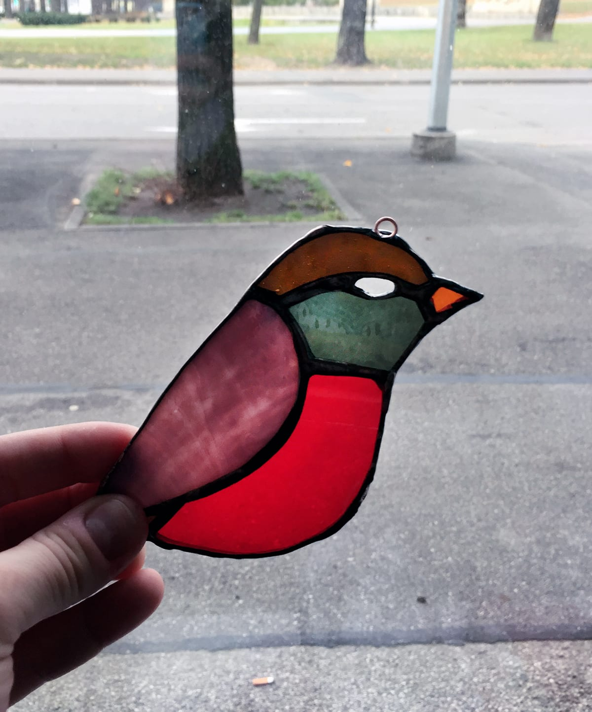 Handmade bird form stained Glass Pieces with the Tiffany Technique. Workshop at Glass Point