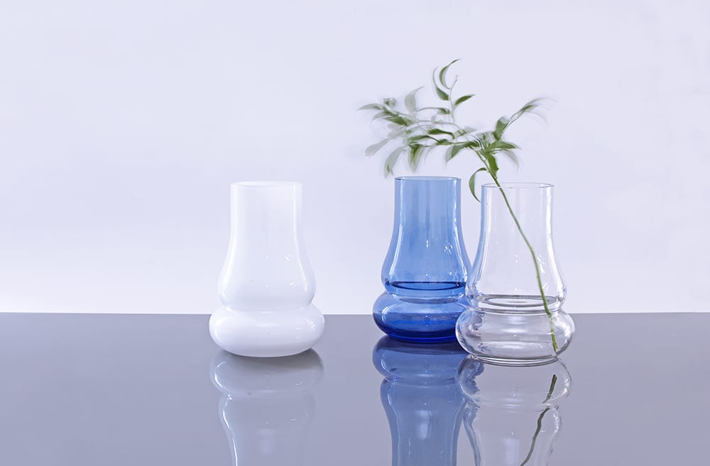 """Elegant and minimalistic handmade glass vases. Design collection """"Motion"""". Hand blown glass. Glass Point"""