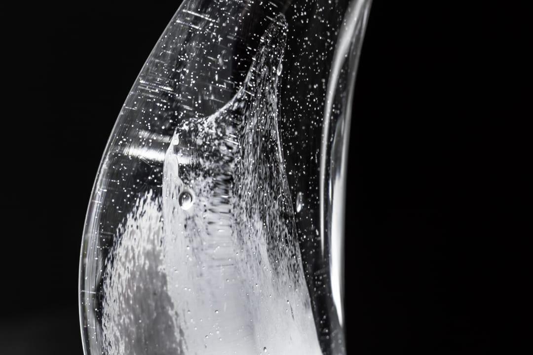 Награды и кубки из стекла. Уникальная стеклянная награда с пузырьками. Glass Point