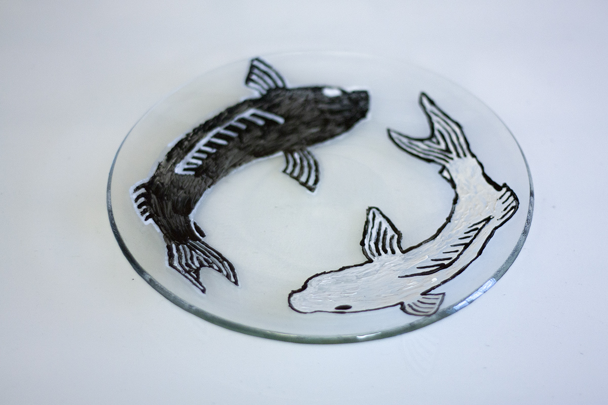 Handmade Graphic plate. Glass design workshop at Glass Point
