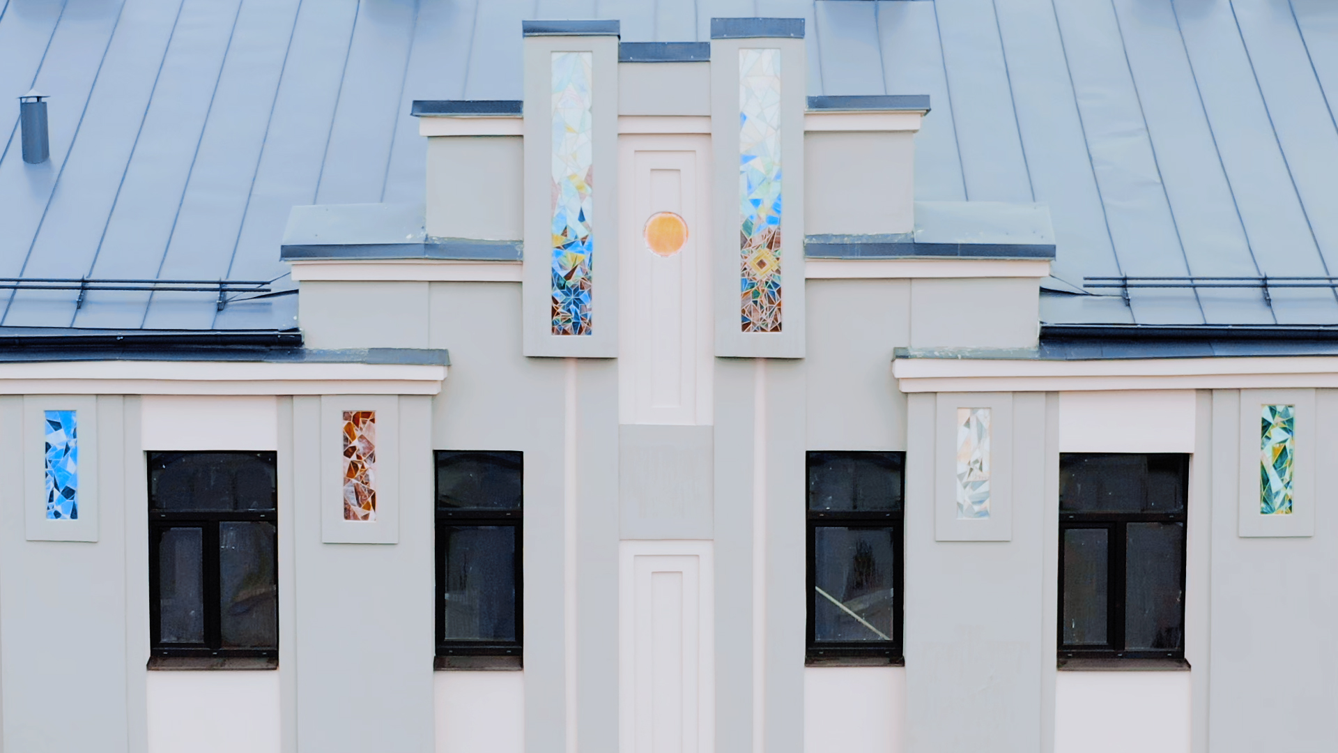 Custom Handmade Stained Glass. Artist - Anna Varnase. Wielona nami glass mosaice pannel decor. Vilanu 14. Glass Point