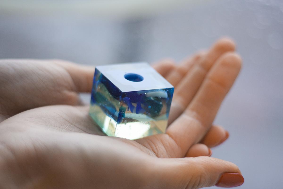 Нестандартные изделия из стекла. Подсвечник в форме куба. Glass Point