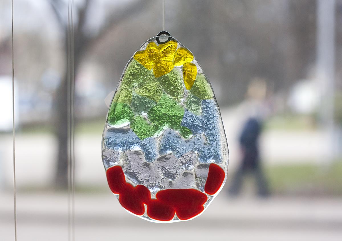 Практикум сезонные украшения из стекла. Мастер-класс в Glass Point