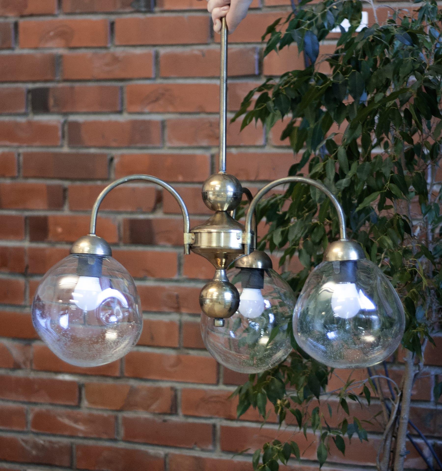 Individuāli risinājumi. Stikla lampas un kupoli. Glass Point